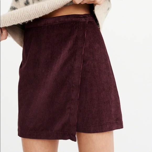 Abercrombie Corduroy Burgundy Skirt